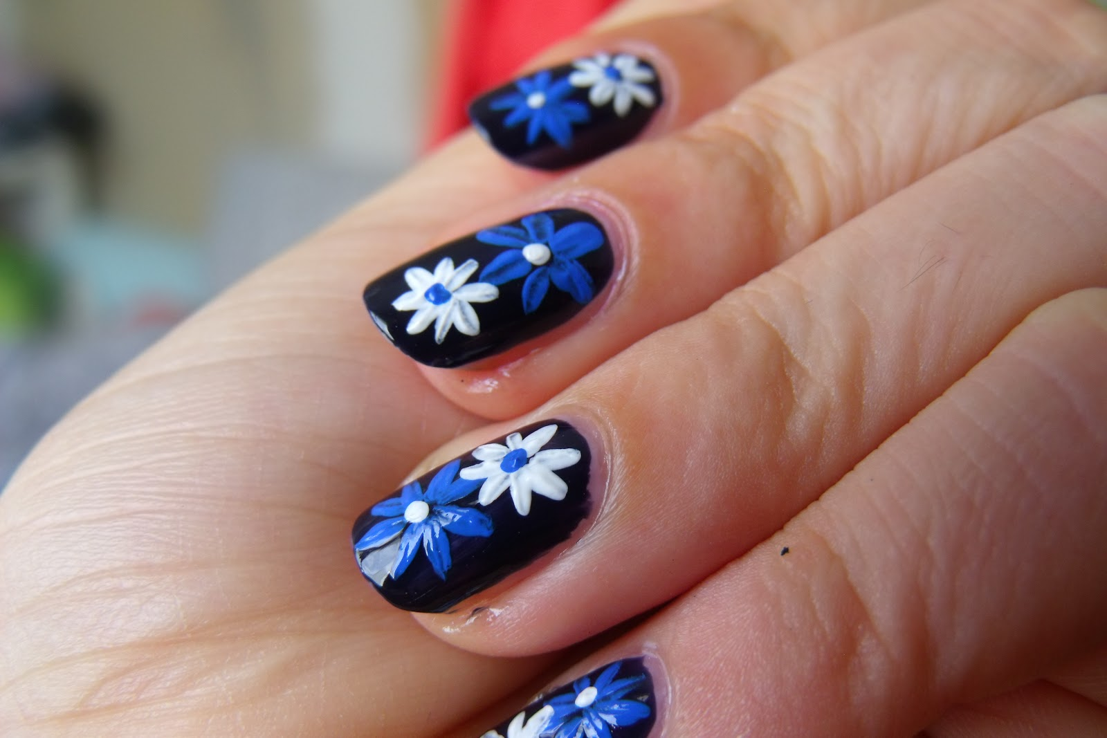 Floral-easy-nail-art-designs