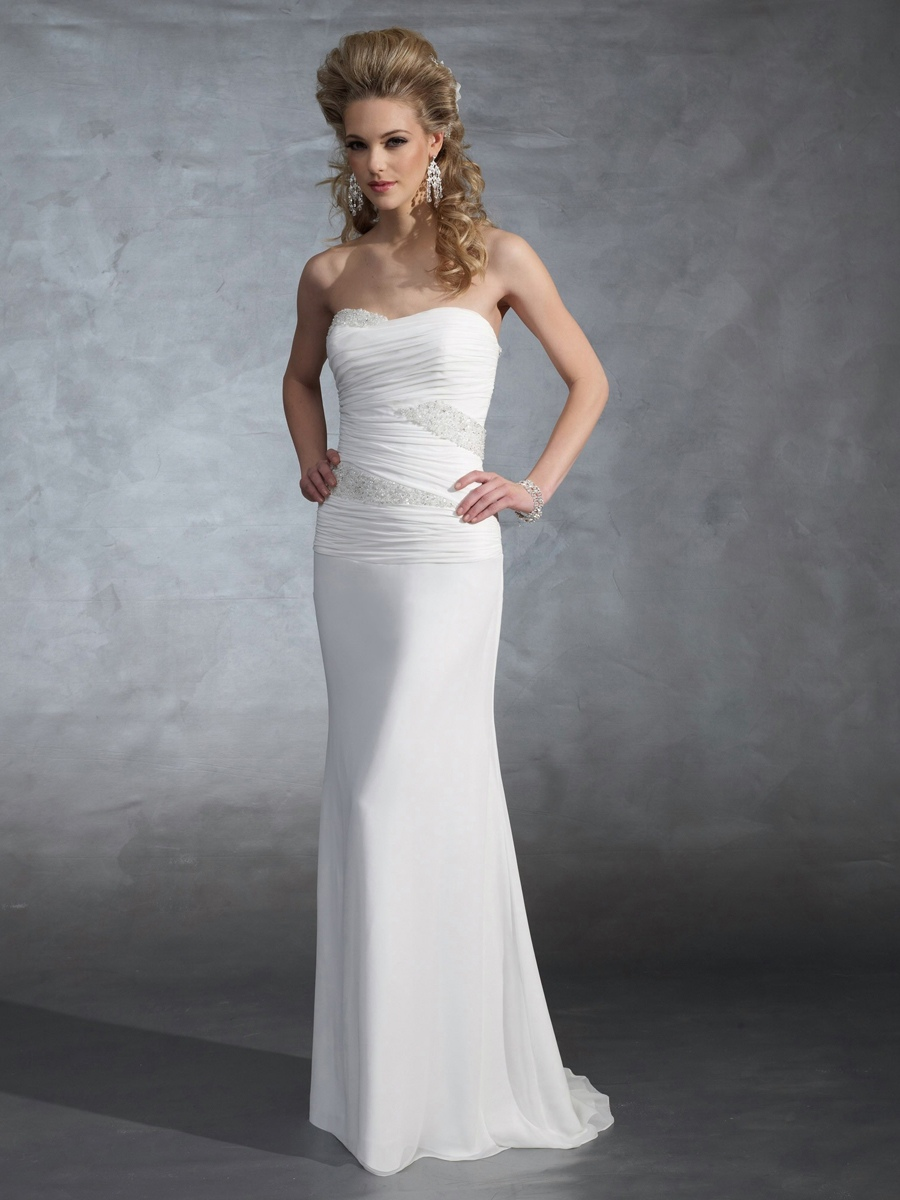 Light-Chiffon-Strapless-Sheath-Wedding-Dress-with-Beading-Leads-Down
