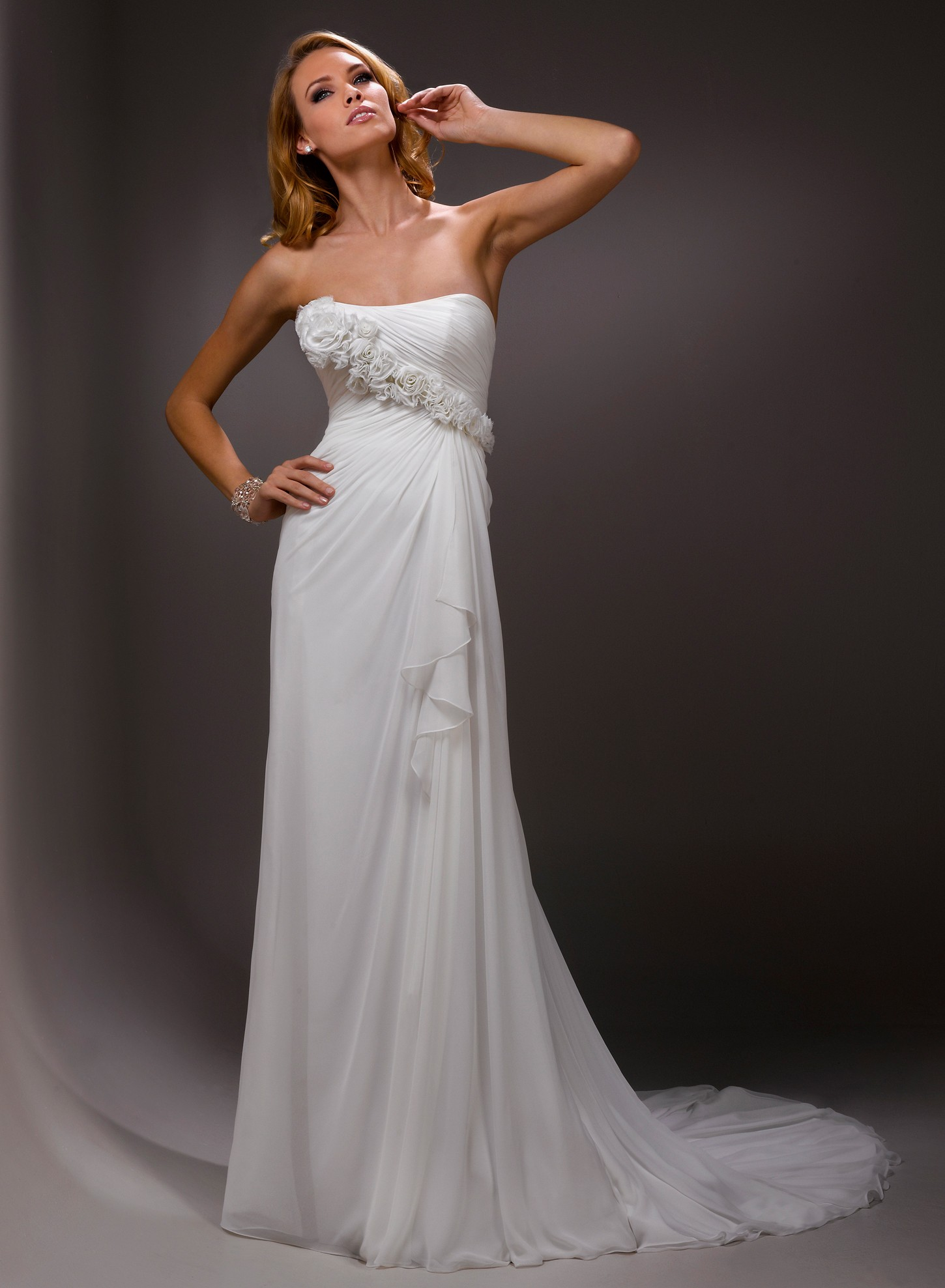 Sheath wedding dresses ultimate choice for the wedding for Cheap sheath wedding dresses