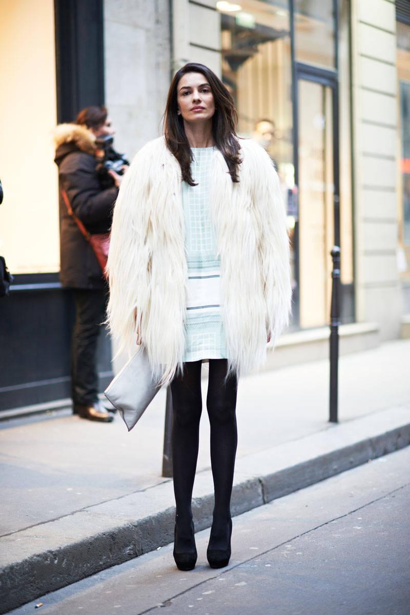 fur-coat-fashion-2013-paris-street-style-blue-fur-coat---paris-fashion-week-fall-2013-wallpaper