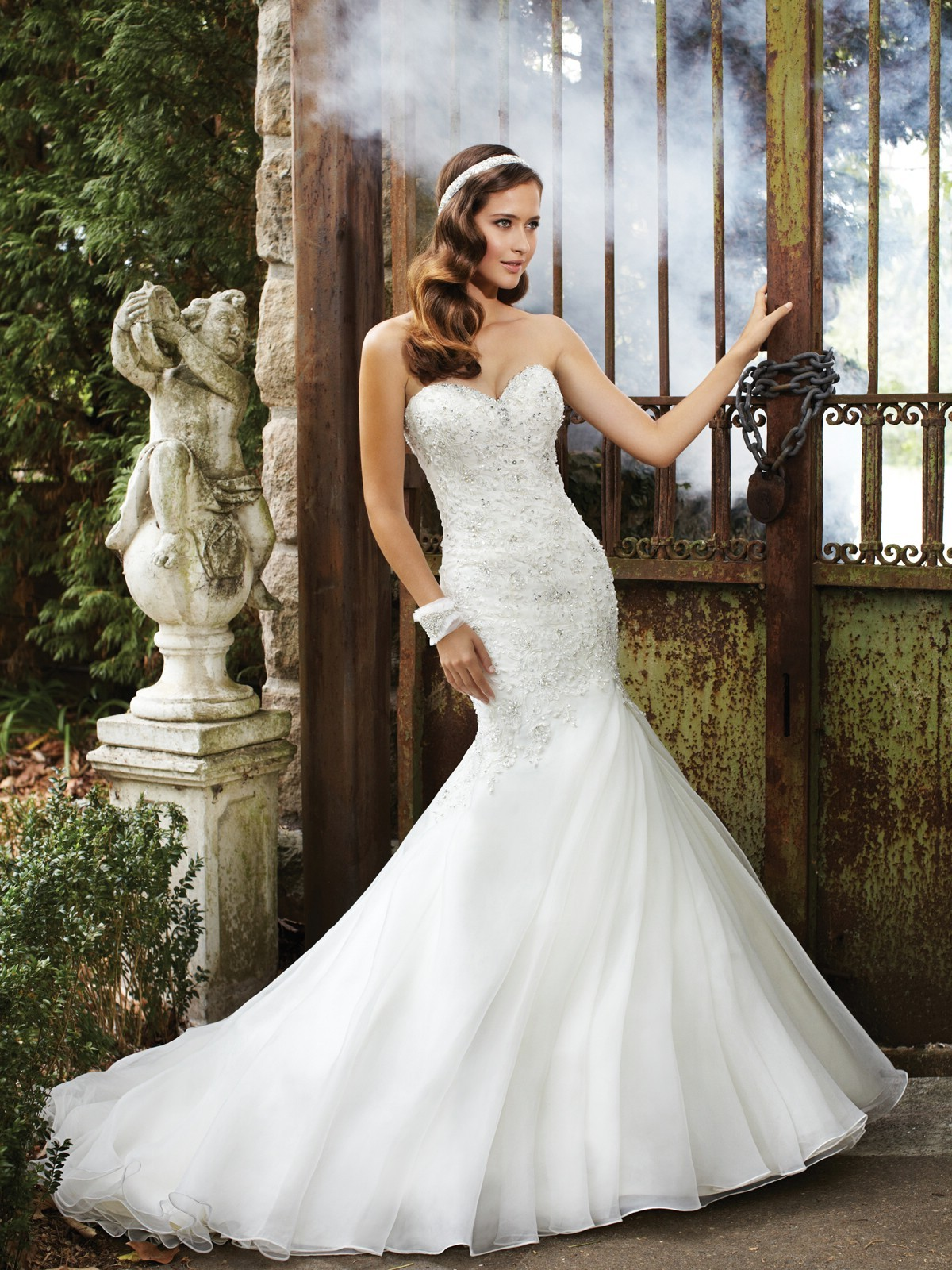 sweetheart-chapel-train-organza-trumpet-mermaid-wedding-dress