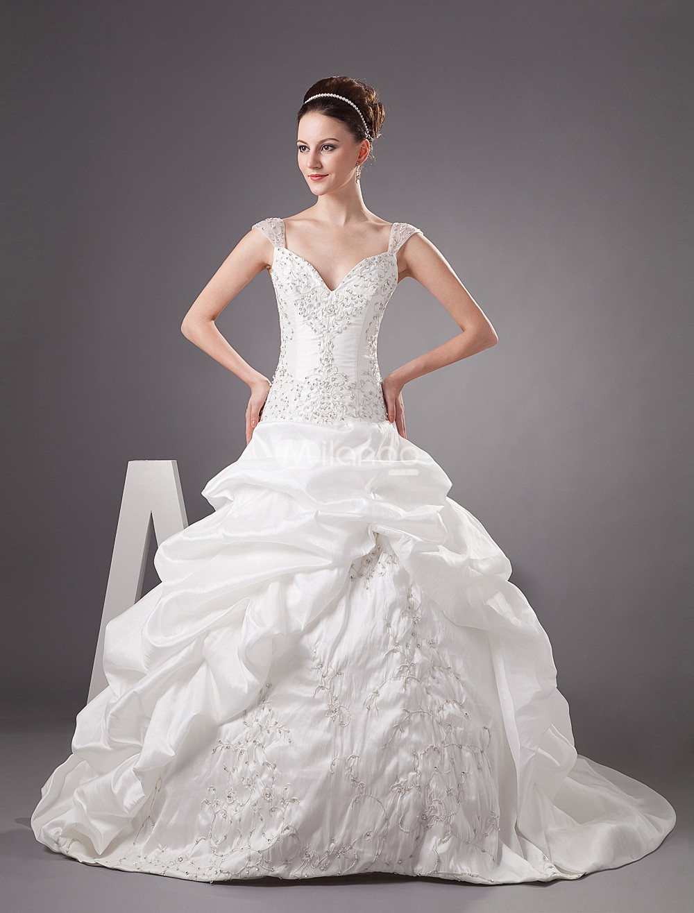 Wedding dresses cinderella style gown and dress gallery for Cinderella wedding dress up