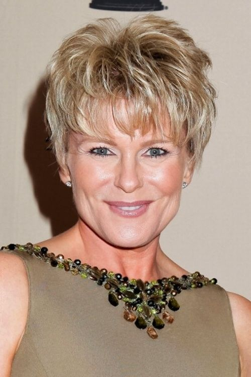 Best-Short-Hairstyle-for-Women-Over-50