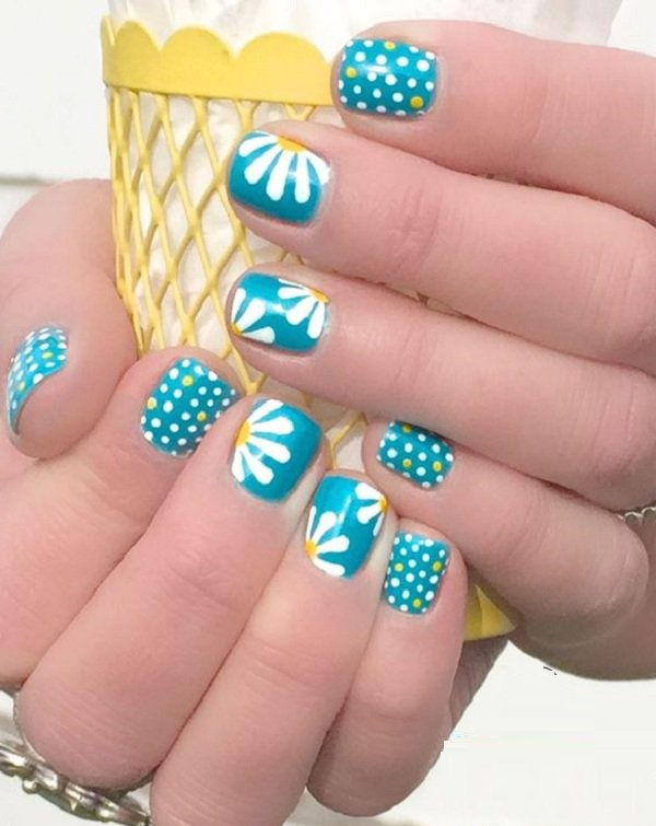 Blue-Flower-Polka-Dot-Nail-Design