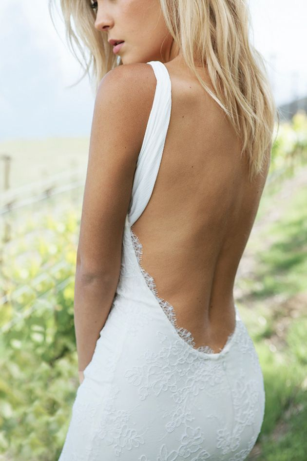 Sexy-Open-Back-Wedding-Dress