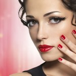 Charming Christmas Makeup for Gorgeous Women