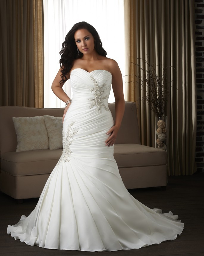 sweetheart-chapel-train-satin-trumpet-mermaid-plus-size-wedding-dress