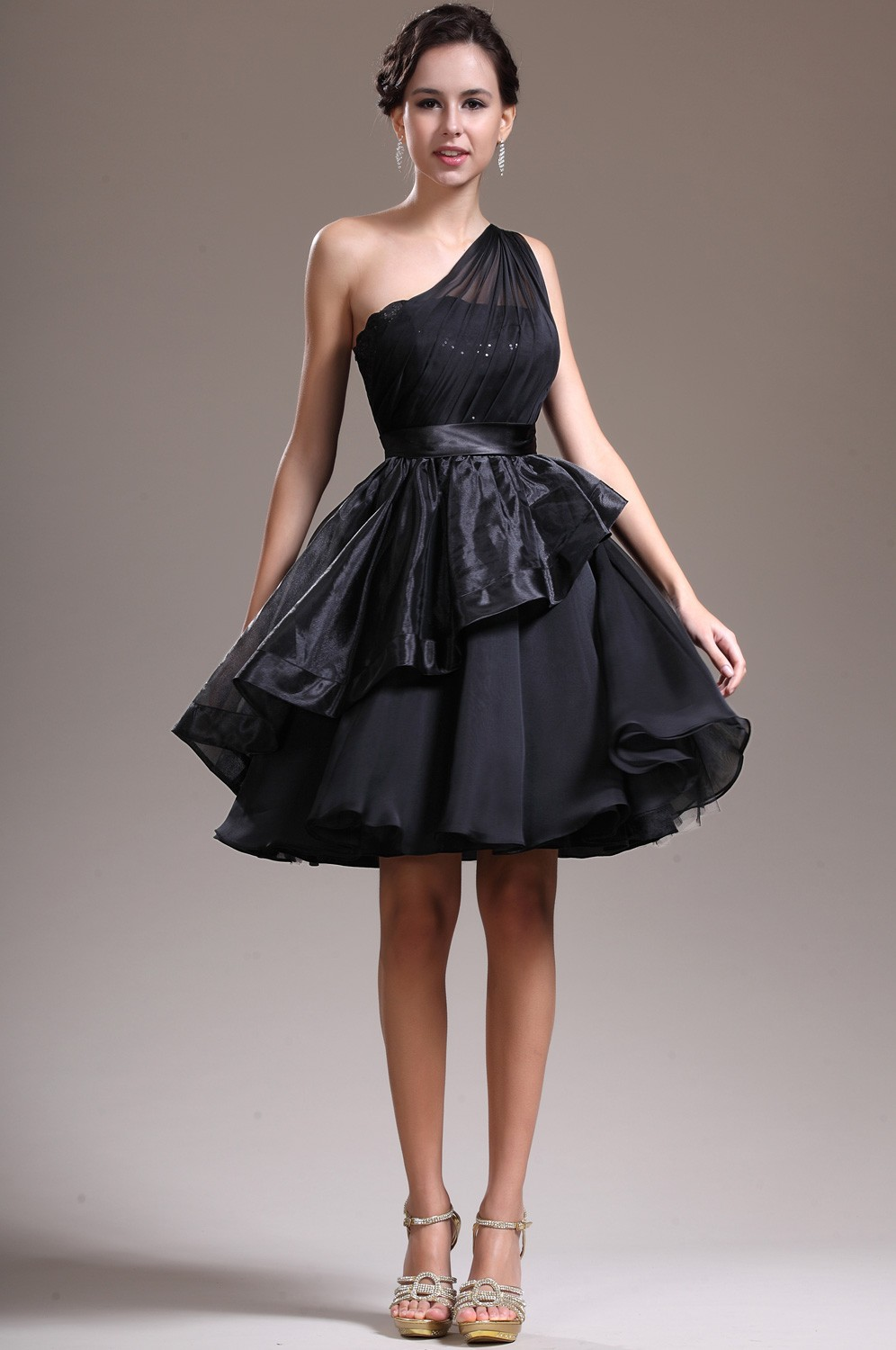 http://ohhmymy.com/wp-content/uploads/2015/12/Black-Cocktail-Dresses-Designs.jpg