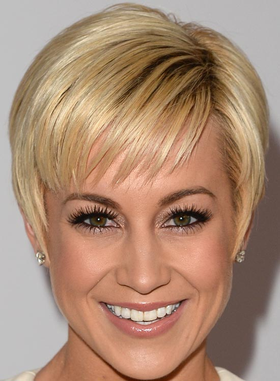 Short-Bangs-Pixie