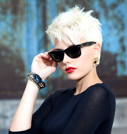 Stunning-Short-Hairstyles-for-Women