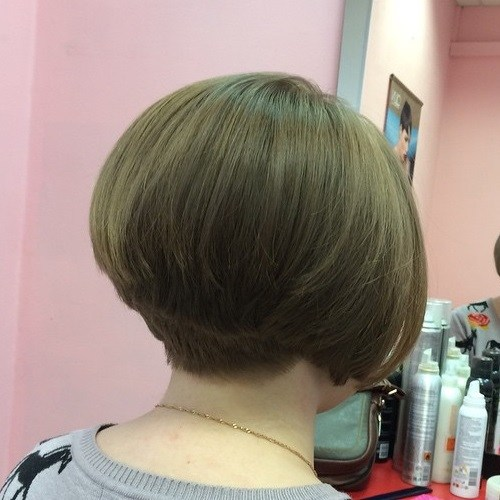 short-stacked-bob-haircut