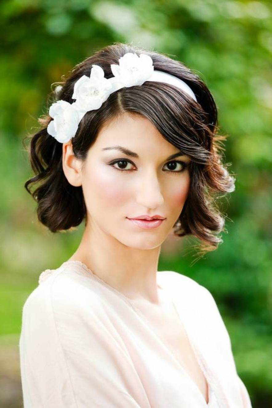 Elegant and Beautiful Bridal Hairstyles for Short Hair ...