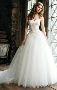 vintage-long-wedding-dress