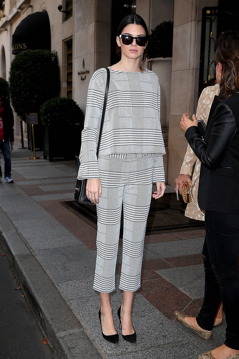 kendall-jenner-in-matching-outfit