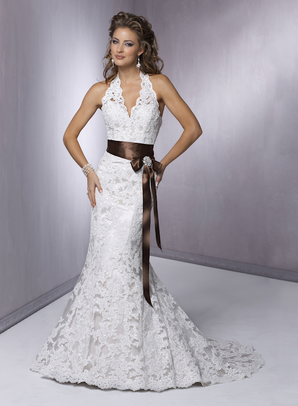 lace-halter-wedding-dress