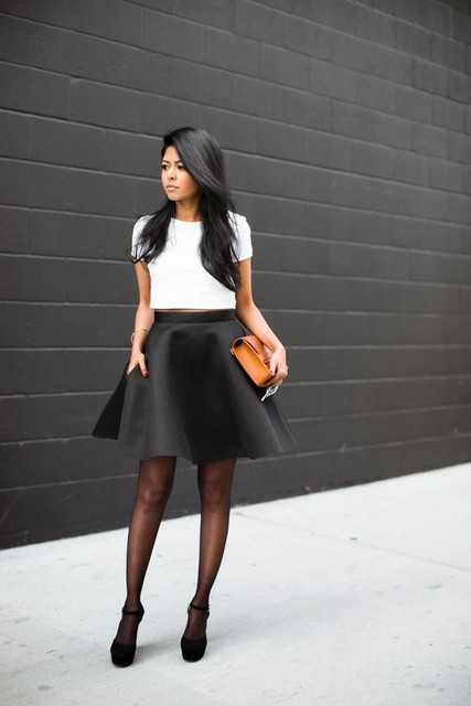 chic-black-and-white-outfits-for-work