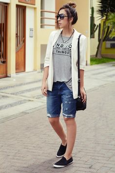 Cool Bermuda Shorts Outfits