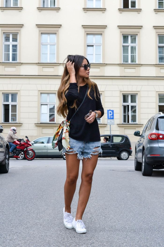 Cute Hem Denim Short Looks