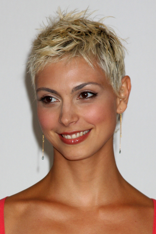 super-short-pixie-with-darkened-roots