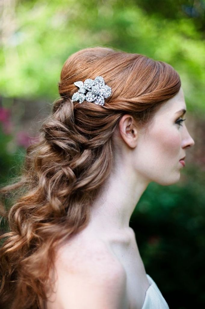 Retro Wedding Hairstyles For Medium Length Hair
